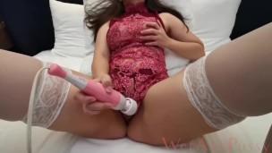 Busty teen in sexy Chinese lingerie And white stocking嫩模人妻高潮浪穴性感小姊姊